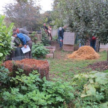 Une journée de formation Maître composteur au jardin